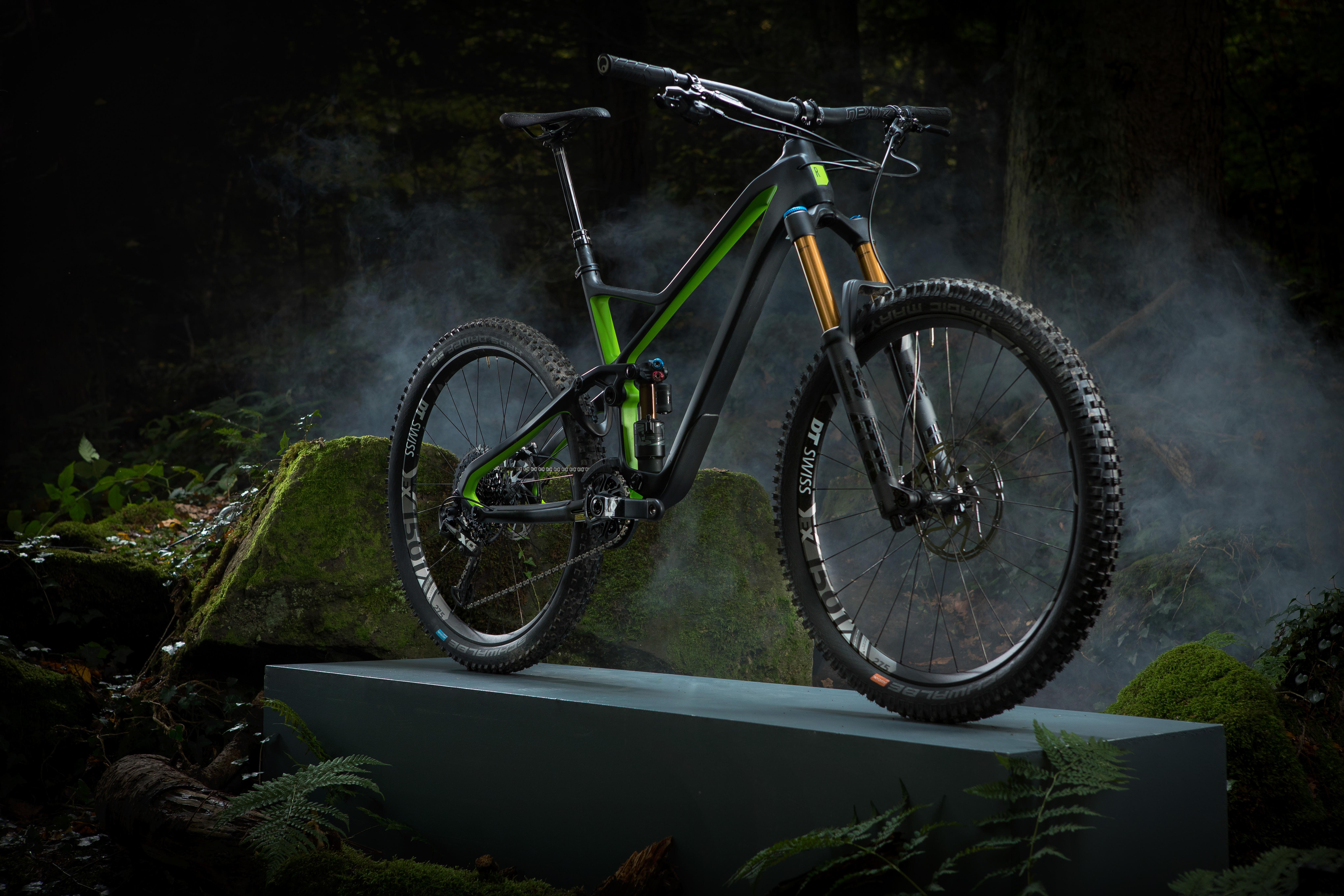 Rose Pikes Peak gewinnt Design & Innovation Award - Enduro-Bike überzeugt nach Testfahrt die internationalen Experten
