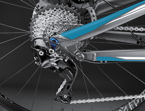 Shimano XT rear derailleur: smooth gear changes thanks to the icon of MTB shifting systems