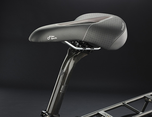 Make yourself comfortable! With the Terry Figura GT saddle and the comfortable ROSE RC 170 Flex Carbon seat post