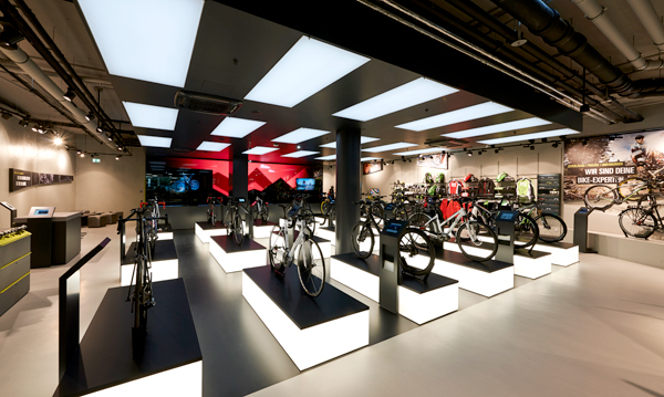 ROSE cycling mail-order opens multimedia concept store in Munich