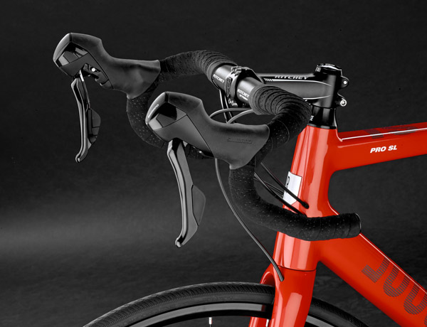 Highly functional and elegant: Ritchey stem and Ritchey Streem handlebar