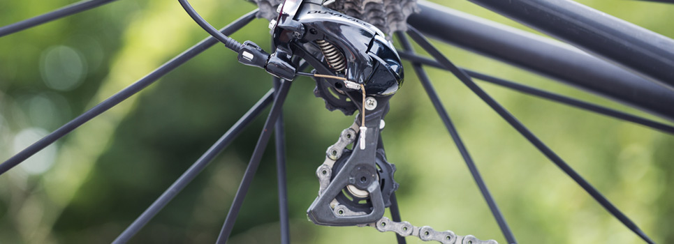 Rear derailleurs for MTBs, ATBS and road bikes