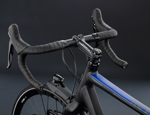 Feel the need for speed! Ritchey WCS stem and Ritchey Streem handlebar