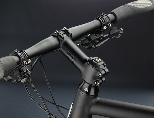 There is also a different way: straight handlebar and flat handlebar shifter on the TEAM DX RUNNER
