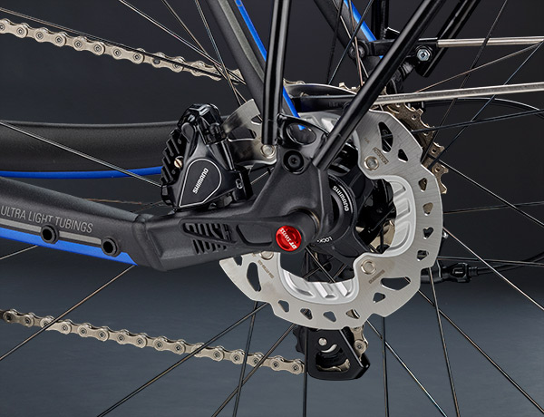 Safely stored: hydraulic disc with Flat Mount standard, well-protected in the frame triangle