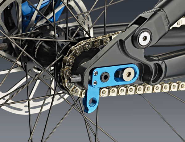 Not only for singlespeed bikes: Horizontally adjustable dropouts