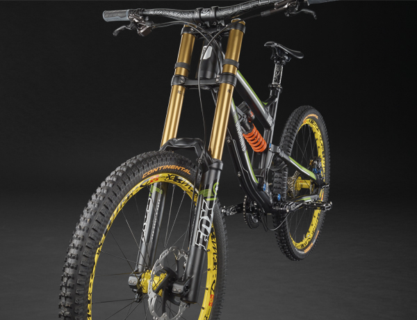 The new downhill preference: FOX 40 double bridge fork