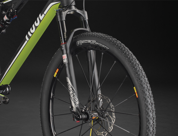 Sensibile e rigida forcella SID RLT by Rock Shox