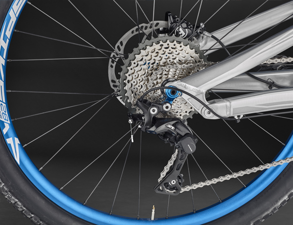 Shimano XT rear derailleur: A legend that combines best shifting comfort with high reliability