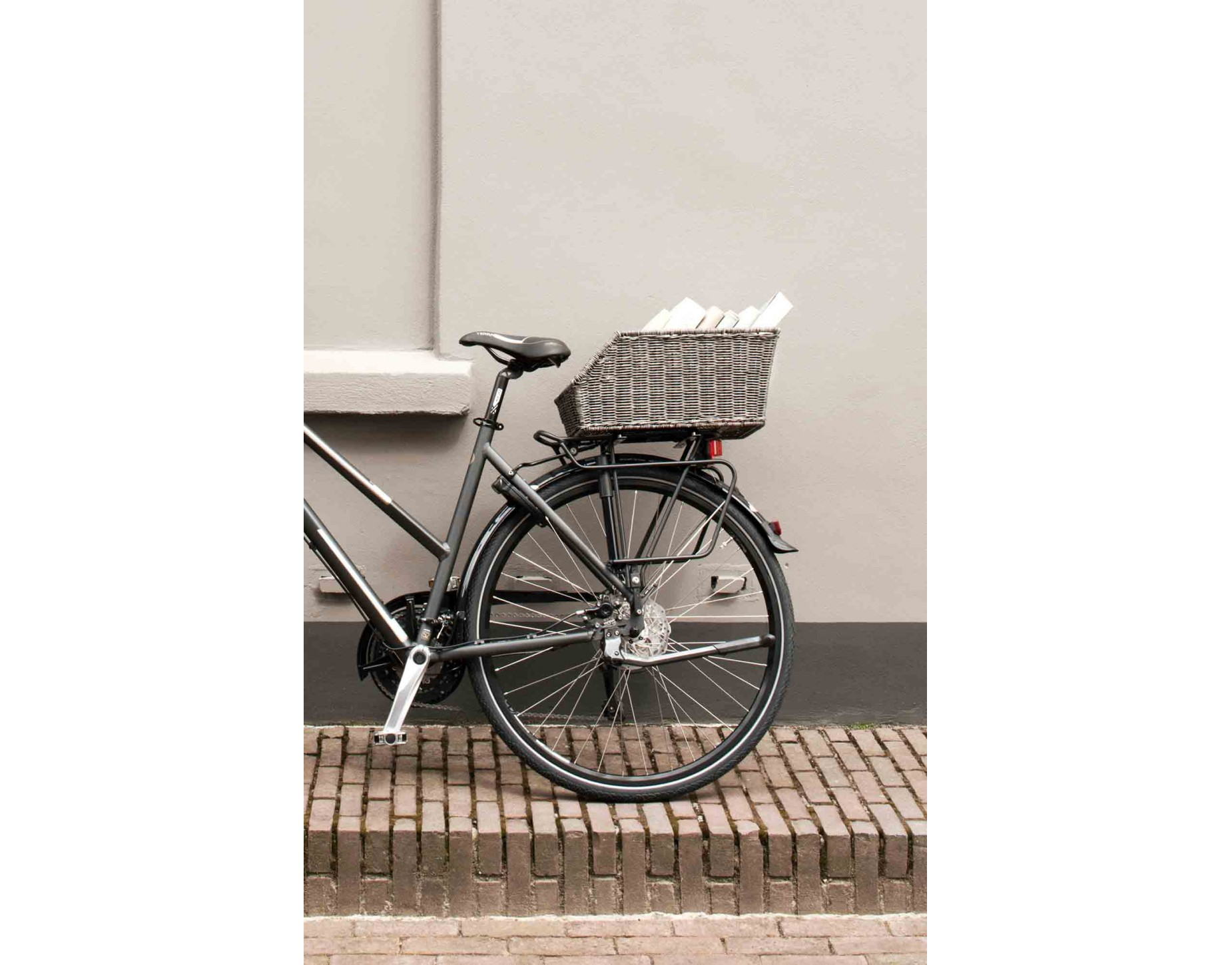 Basil Cento Rattan Look Rear Bicycle Basket Everything You Need
