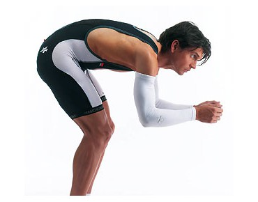 ASSOS armProtectors_S7 arm warmers white