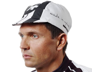 ASSOS summerCap black