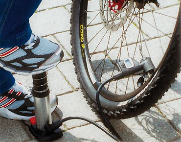 Bikers Dream mini foot pump digital