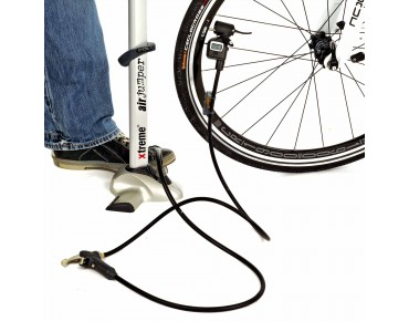 Bikers Dream extension hose with digital manometer