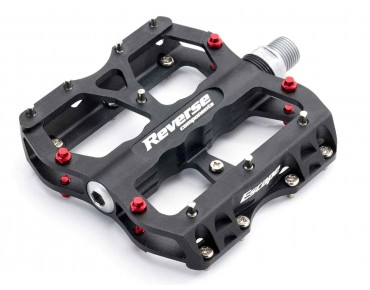 Reverse Escape pedals black