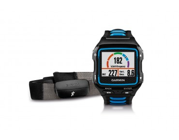 Garmin Forerunner 920XT GPS watch with HRM-Run heart rate chest strap schwarz/blau