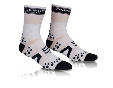 COMPRESSPORT PRO RACING BIKE Socken white/black
