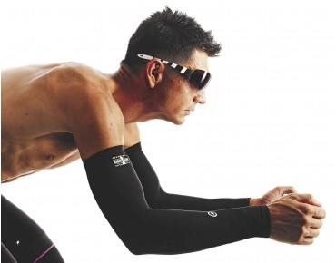ASSOS EVO7 arm warmers black