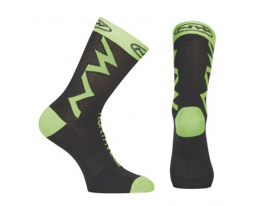 NORTHWAVE EXTREME TECH PLUS socks black/green fluo