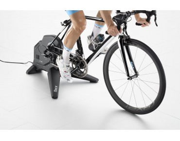 Tacx Flux Smart T2900 indoor trainer
