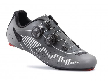 NORTHWAVE EVOLUTION PLUS road shoes black reflective