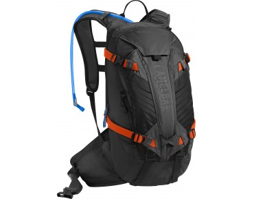 CamelBak K.U.D.U. 12 - zaino protezione incl. paraschiena - vincitore test MountainBIKE 11/2014 - black/laser orange