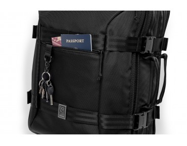 CHROME MACHETO TRAVEL PACK cycling backpack all black