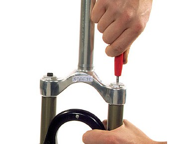 Rema Tip Top valve remover